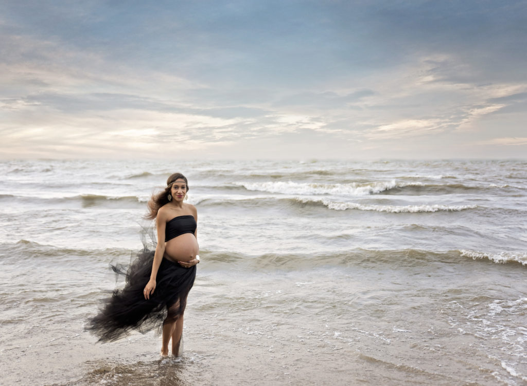 kathy rogers photography, lorain county photographer, newborn photographer, senior photographer, family photographer, maternity photographer, child photographer, photos, photography, pictures, maternity, beach, tutu, water, lake, clouds, black, baby belly, pregnant, pregnancy